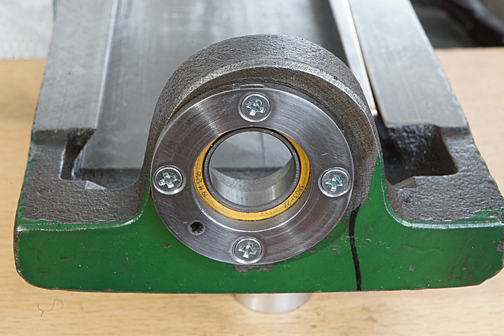 compound_spindle_bearing_DSC00259.JPG